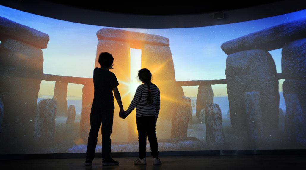 A 360-degree virtual display of the ancient rocks.