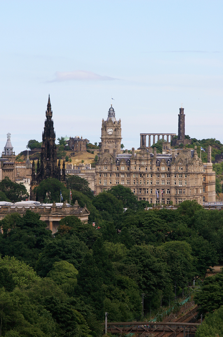 A view of the Edinburgh skyline.