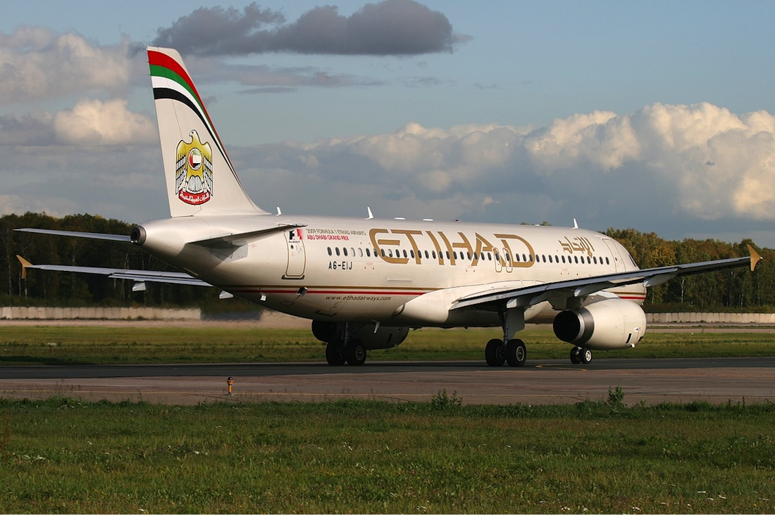 Etihad Airways will increase its Moscow service to triple daily by October.