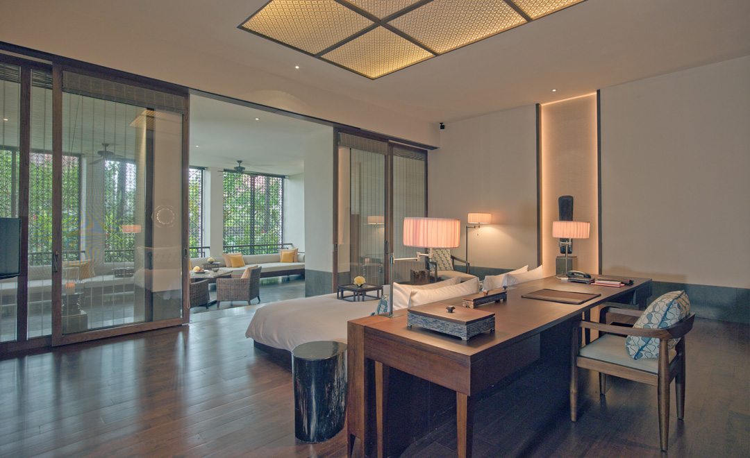 fairmont-sanur-beach-bali-deluxe-garden-view-suite