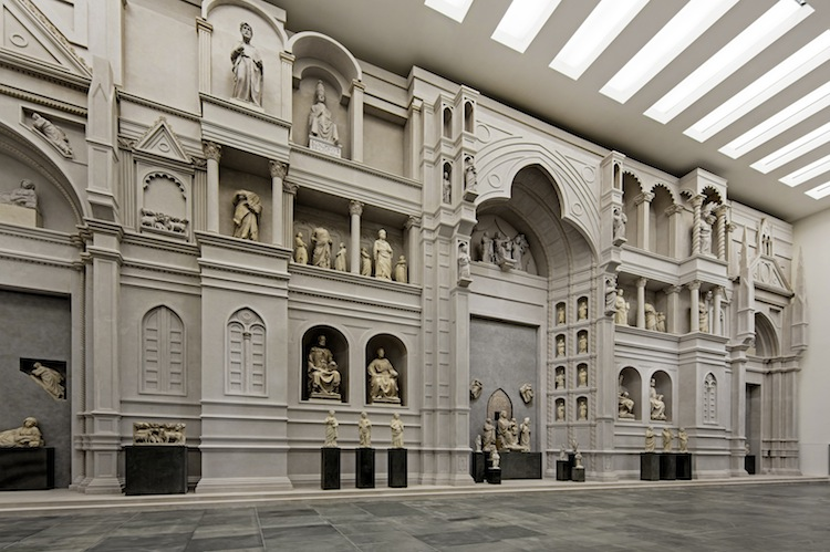 A re-creation of the original facade of the Duomo is installed on a 30-meter wall inside the museum.