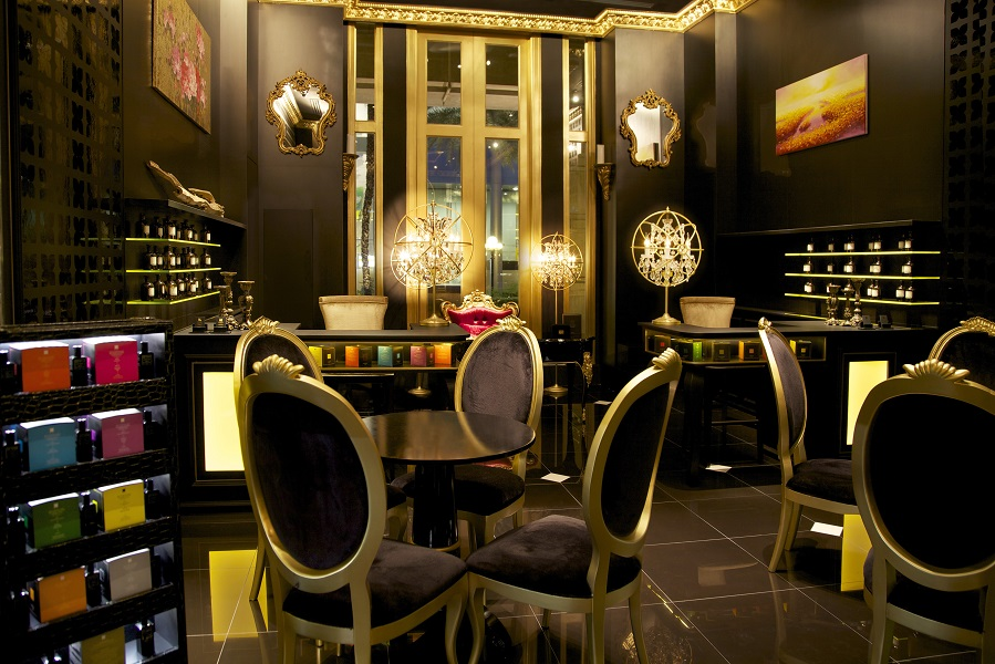 Fragrance Du Bois has boutiques in Bangkok, Kuala Lumpur, and Singapore's Fullerton Hotel.