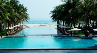 GHM Nam Hai Hoi An's infinity pool, overlooking the sea.