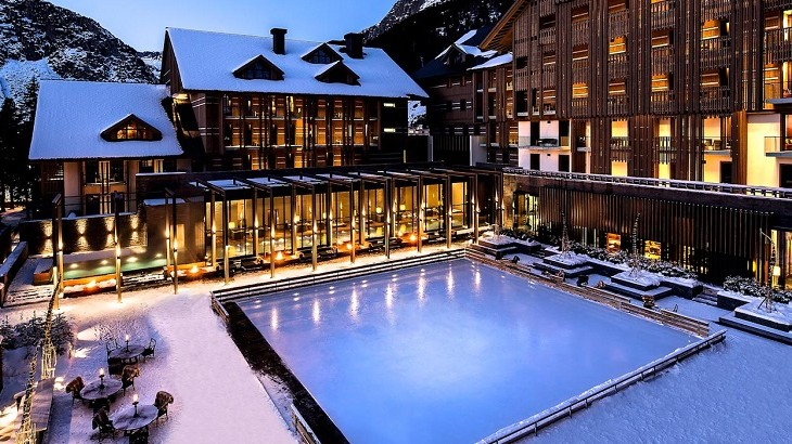 Set in the small central Swiss village of Andermatt, the resort is surrounded by mountains such as Gemsstock and Nätschen, which provide some of the best Alpine skiing in the region.