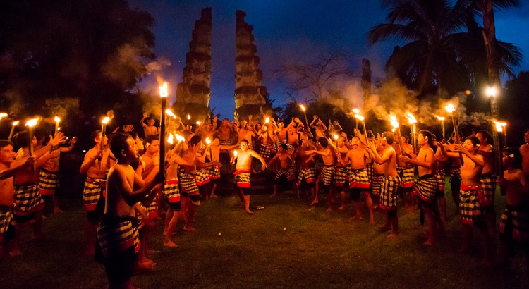 The weekly Kecak dance at The Chedi Club Tanah Gajah.