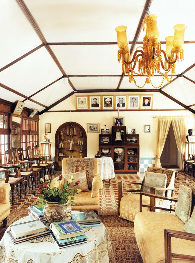 The sitting room at Thippanahalli.