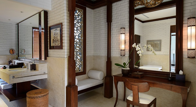 The villa's spacious master en-suite bathroom with a semi-outdoor shower.