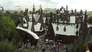 Universal Studios Hollywood's Wizarding World of Harry Potter will mirror attractions currently available in Orlando and Osaka.