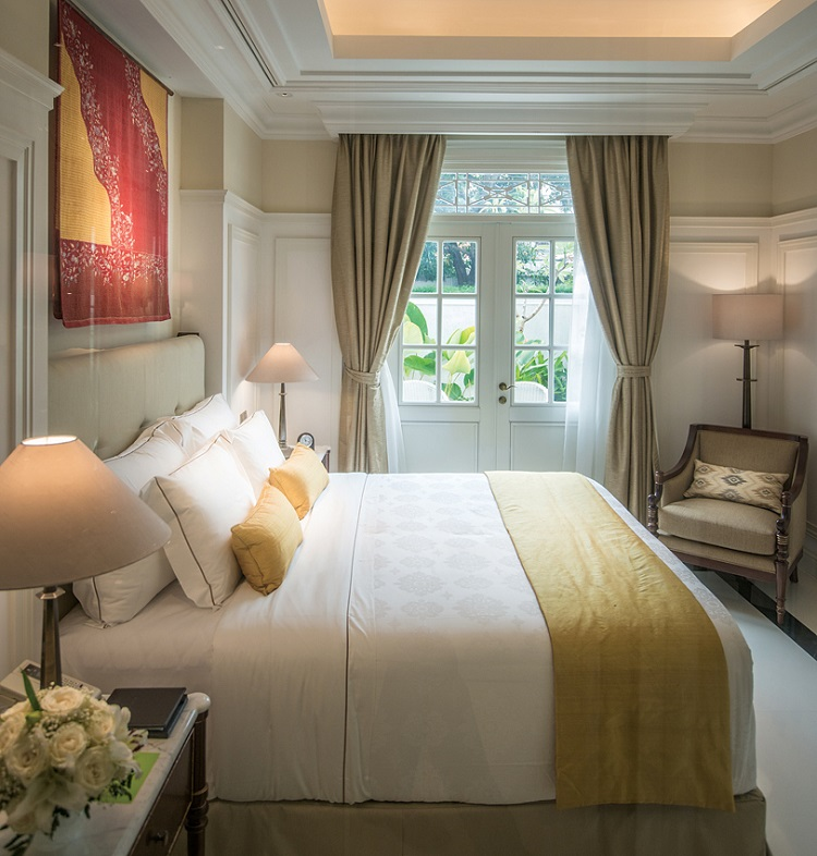 A colonial-chic guest room at The Hermitage.