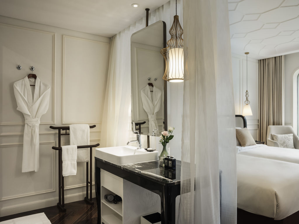 A chic blend of French and Indochine design is the highlight of Hotel des Arts Saigon.