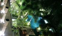 Hotel-de-la-Paix-pool-in-Siem-Reap