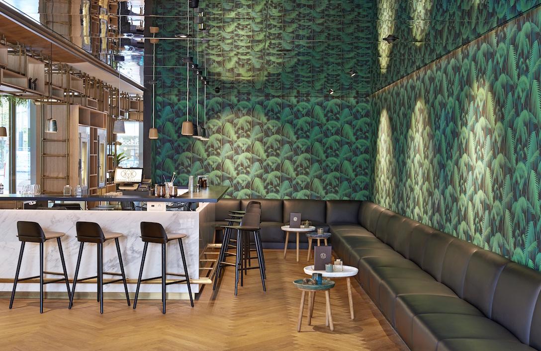 Hyatt-Regency-Amsterdam-Mama-Makan-Bar