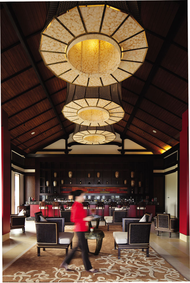 Thu Quan, an elegantly appointed lounge space.