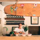 Kapuluan Vista's surf-themed bar.
