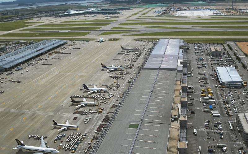 Seoul's Incheon International Airport takes the number two spot.