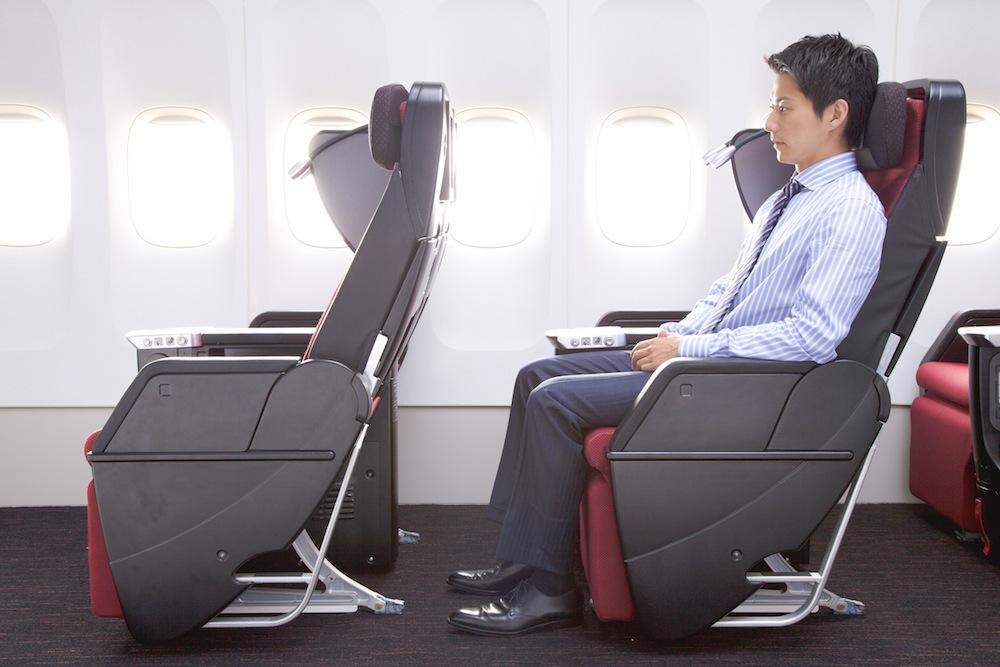 JAL's new premium economy.
