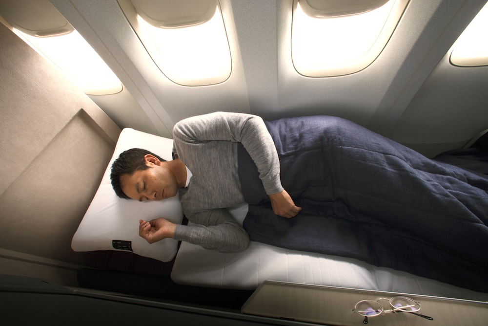 The fully-flat beds in the Dreamliner's business class.