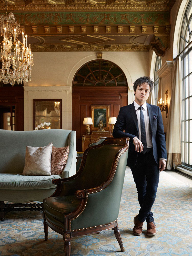 Jamie Cullum in the lobby of the St. Regis Washington, DC.