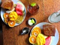 Breakfast at Kashi.