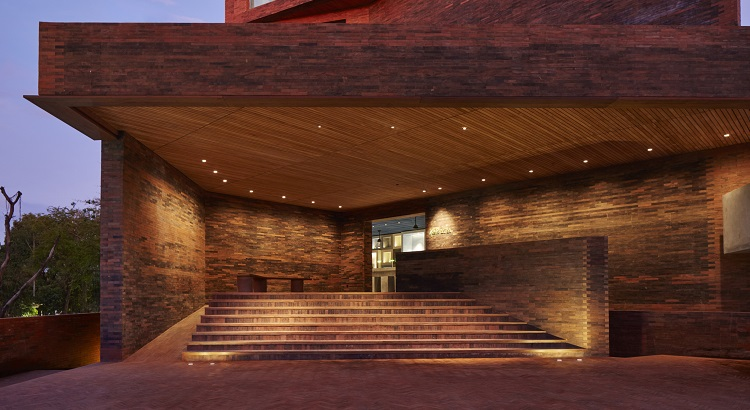 Katamama is clad inside and out with more than a million and a half hand-crafted red bricks.