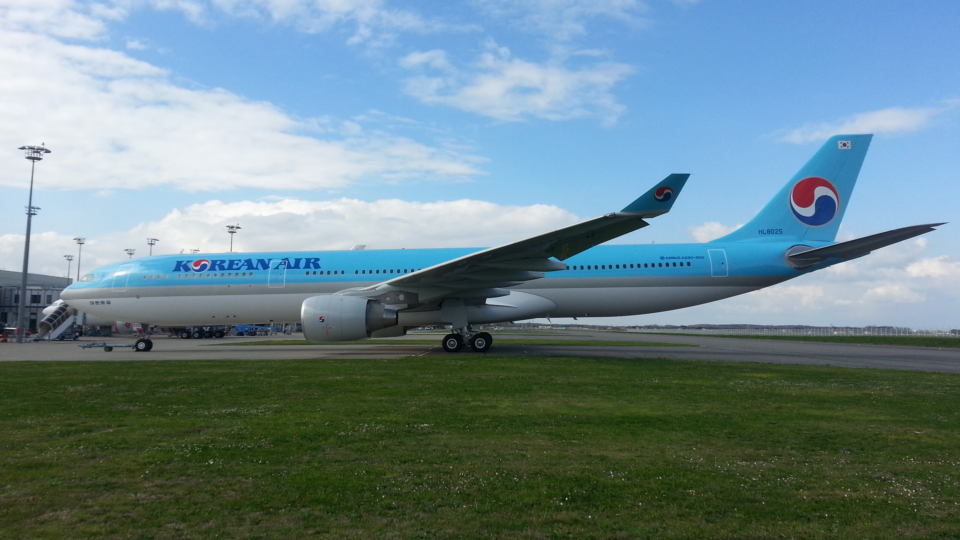 Select flights between Seoul and Taipei are serviced by an A330-300 aircraft.