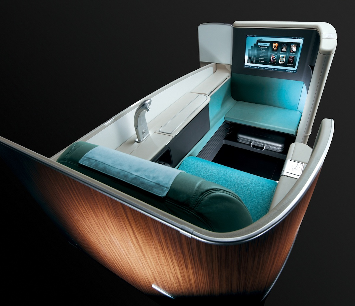 The flight will be equipped with Kosmo Suite in Business Class.
