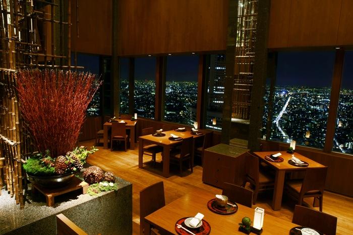 The hotel's contemporary Japanese restaurant, Kozue.