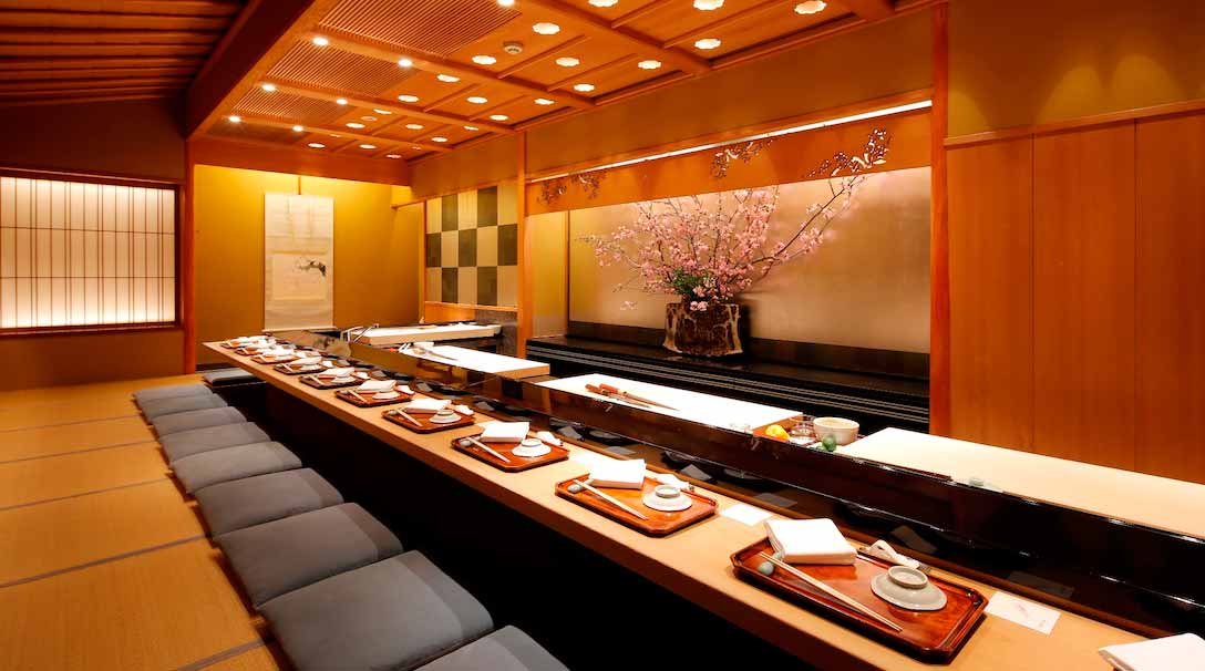 Kyubey-Sushi-Restaurant-Ginza_for-web