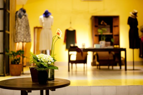 Lam boutique is a petite, vintage-inspired shop just off boulevard Đồng Khởi.