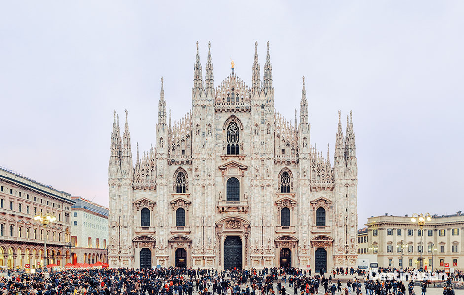 Crowds in the piazza of Milan's Duomo, among the largest and grandest Gothic cathedrals in the world.