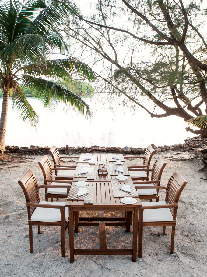 Seaside dining at Kura Kura.