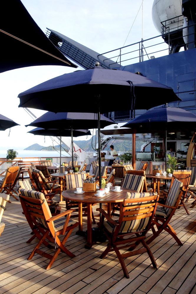 The ship's aft-deck café.