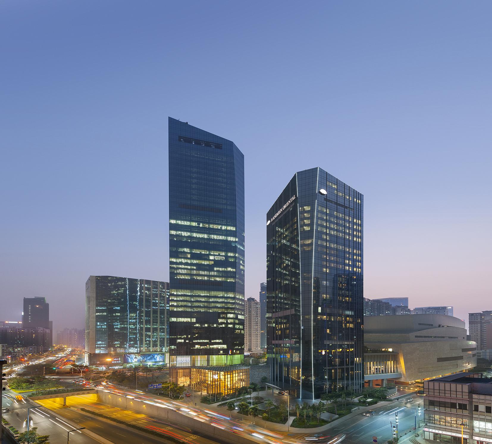 Mandarin Oriental Guangzhou at dusk.