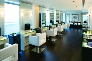 The Mandarin Salon is the only hair salon to have a comprehensive range of Philip Kingsley products in Hong Kong.