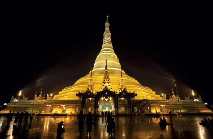 Uppatasanti Pagoda is a 99-meter-high replica of Yangon's historic Shwedagon.