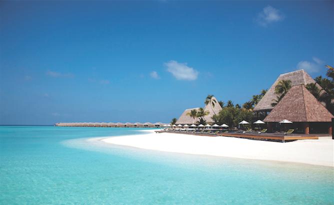 Maldives resort Anantara Kihavah Villas