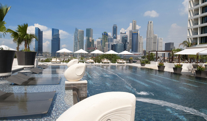 The pool at the Mandarin Oriental Singapore.