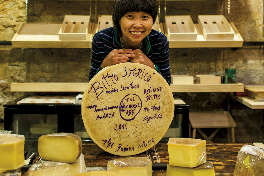 Cheesemonger Syu Ai Ming at her artisan fromage stall The Cheese Ark.