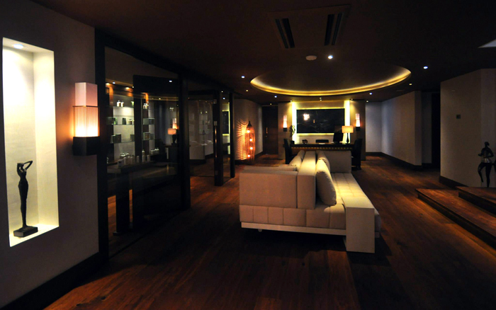 The dim-lighted lobby of Marti Wellness by Spa Soul.
