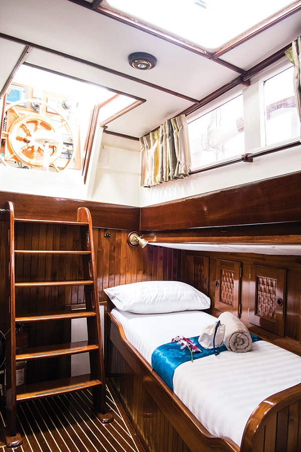 One of the four cabins on Meta IV.