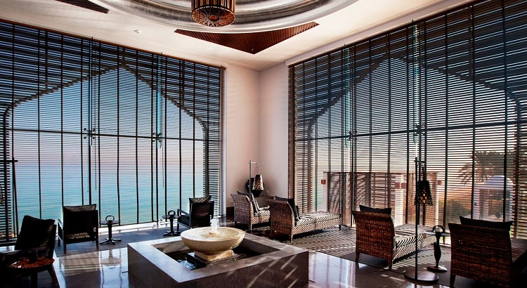 The Relaxation Lounge at The Spa at The Chedi Muscat .