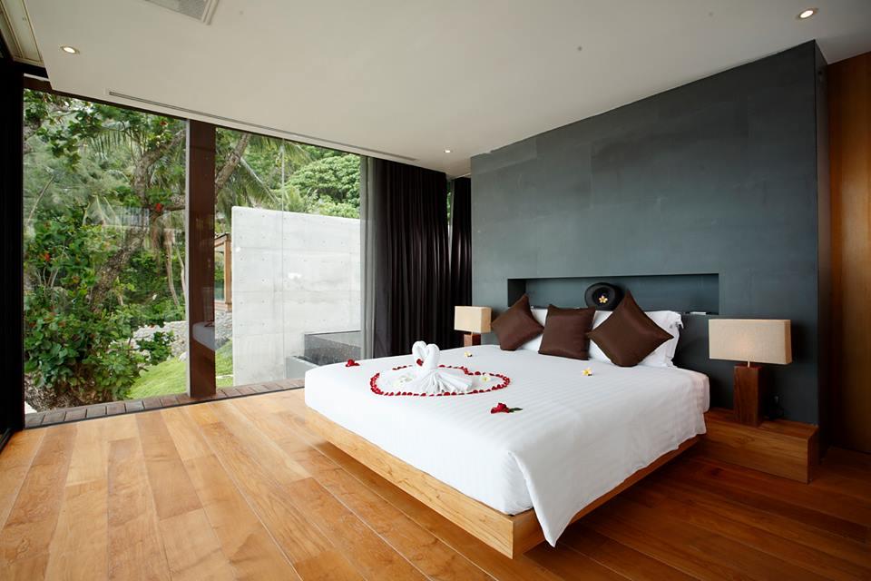A Naka bedroom.