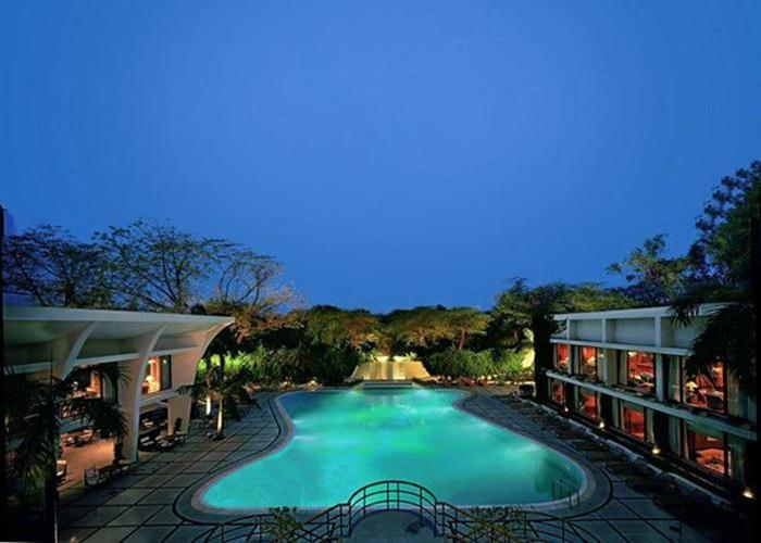 Built in the 1960s, the stylish Oberoi New Delhi has an indoor pool and an outdoor heated pool.