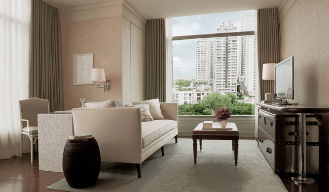 Oriental-Residence-Serviced-Apartments-Bangkok-one-bedroom-suite_living-room