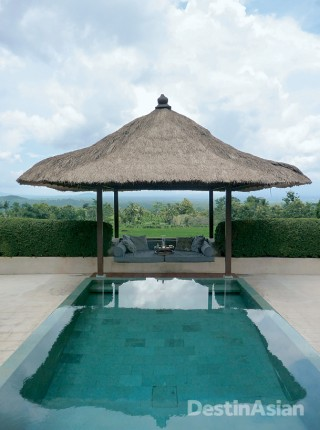 The best suites at the Hotel Tugu Lombok come with private pools.