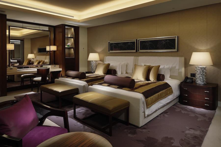 Palace Hotel Tokyo - Palace Suite Bedroom | DestinAsian