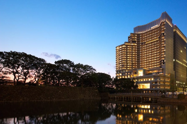 The Palace Hotel Tokyo is a 10-minute walk from the landmark Tokyo Station and steps away from Marunouchi Naka Dori, an upscale shopping destination.