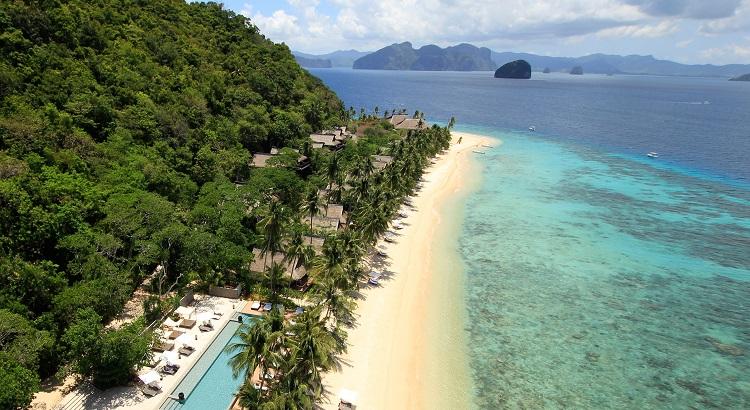 A bird's-eye view of the Pangulasian Island.