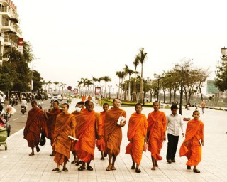 Monks on Sisowath Quay