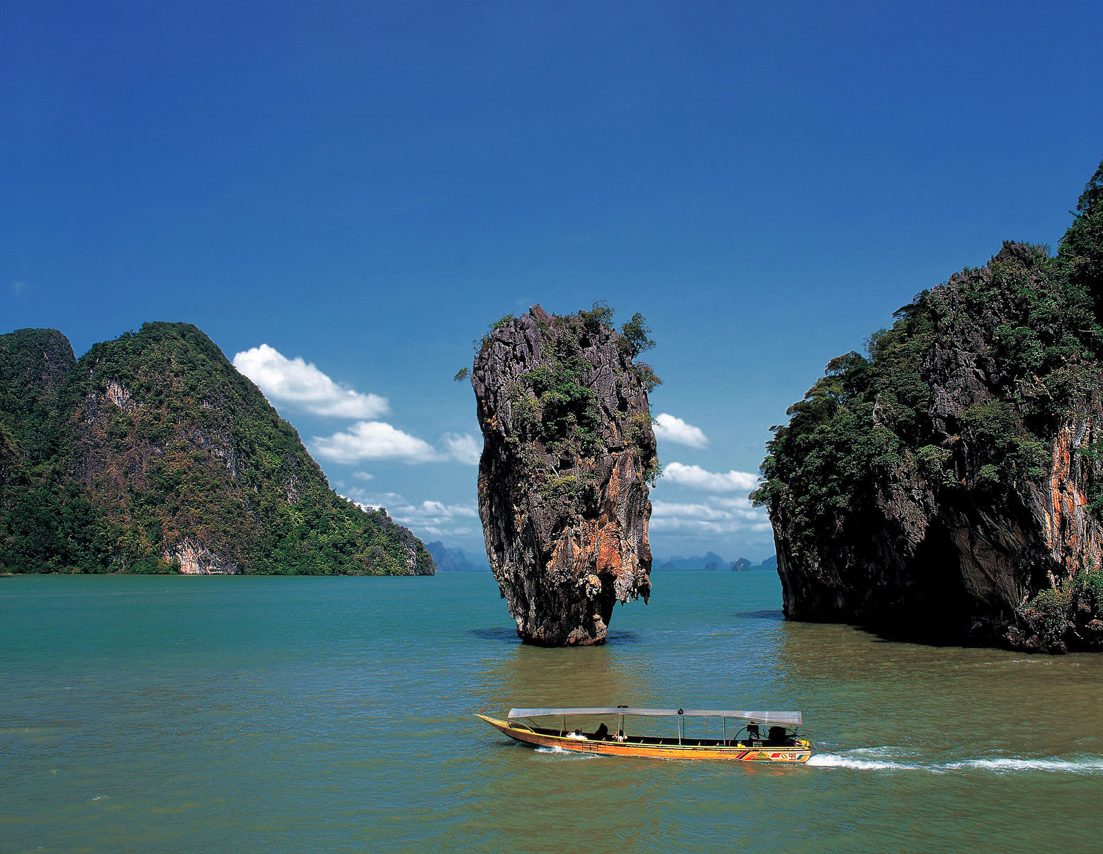Qatar Airways will soon fly nonstop daily to Phuket.